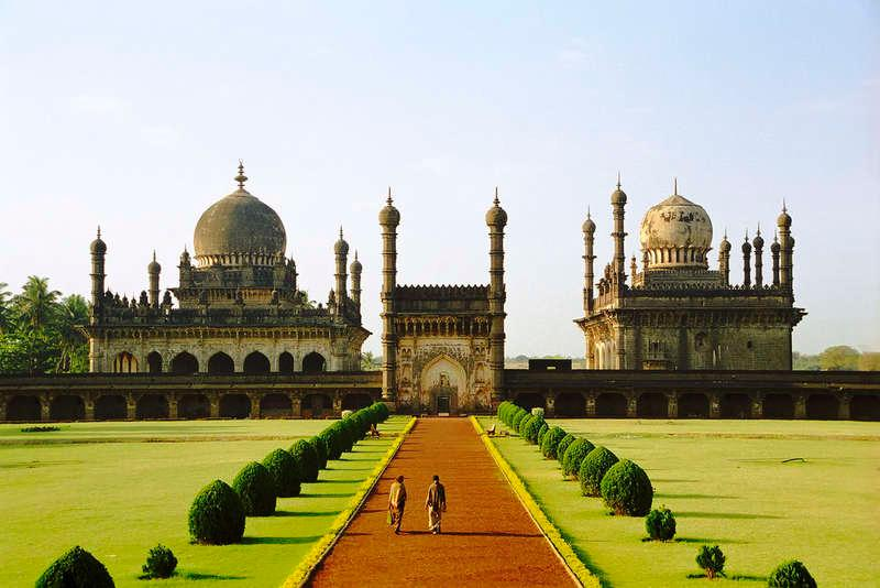 Top 6 Places To Visit In Bijapur