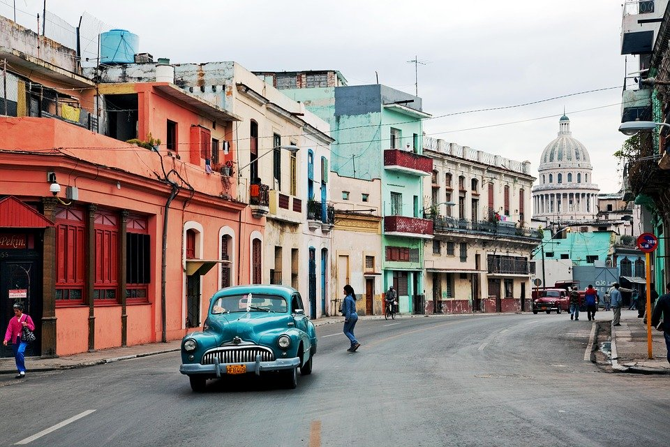 10 Reasons To Visit Cuba Now